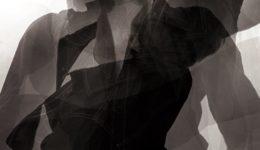 Visuel Alphabet_photo portrait de Yann Peucat_Atelier Puzzle_1_recadrée